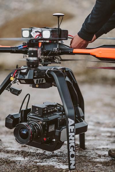 Este dron es capaz de volar con una cámara 4K de alta velocidad