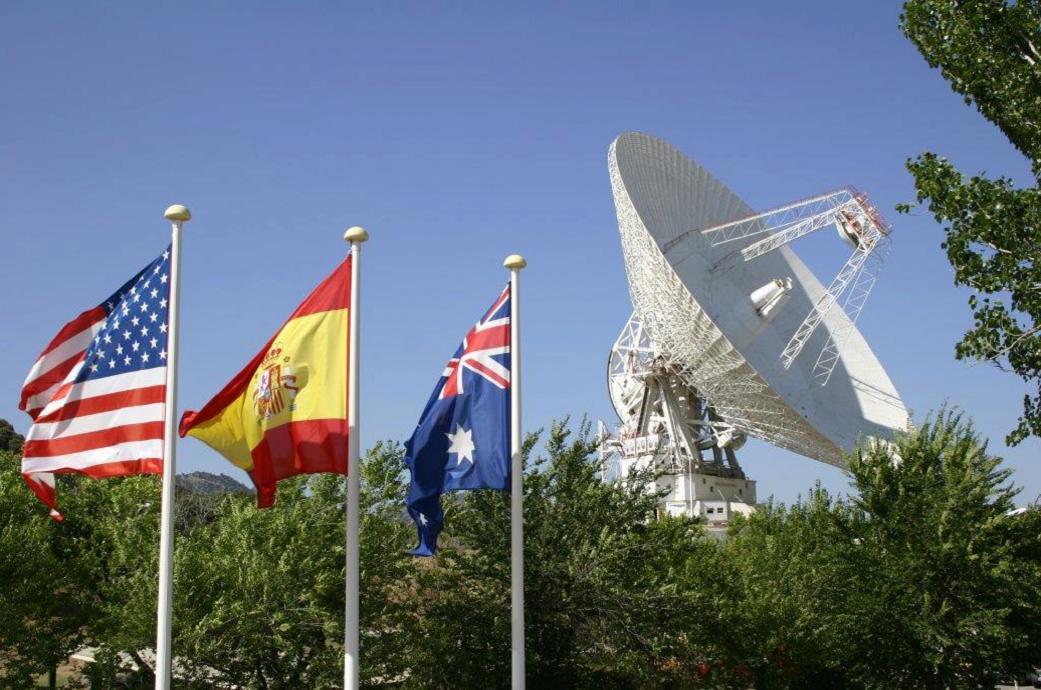 Por dónde andan hoy las sondas Voyager tras 40 años viajando por el espacio