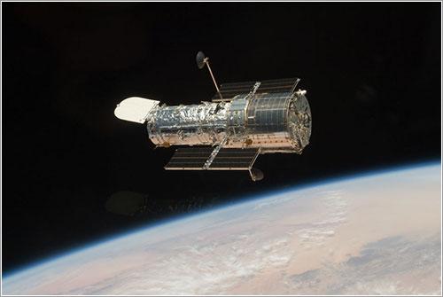 El Hubble flota en libertad - NASA