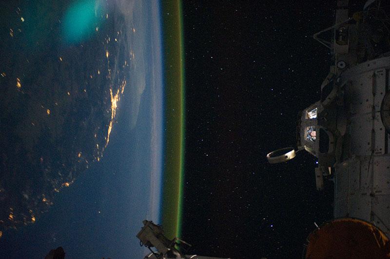 Luminiscencia nocturna vista desde la EEI