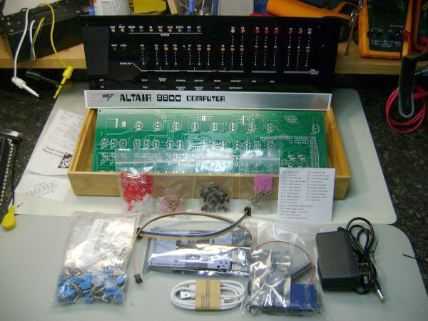 Altair 8800 out of the box 600x450
