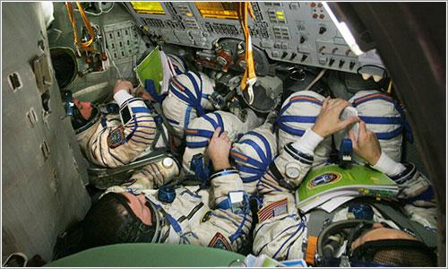 Apretados en la Soyuz