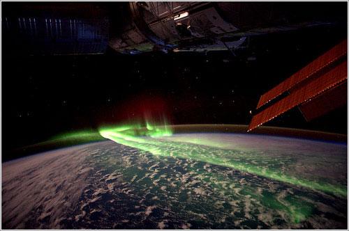 Aurora austral entre la Antártida y Australia ESA/NASA