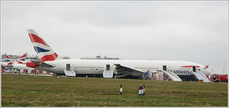 17th January 2008 - 777 Misses Runway at Heathrow Airport por robcheerio