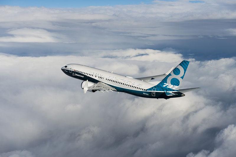 737 MAX en vuelo
