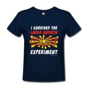 Camiseta I survived the LHC experiment por MadSciStuff.com