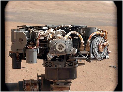 El ASPX en el extremo del brazo de Curiosity