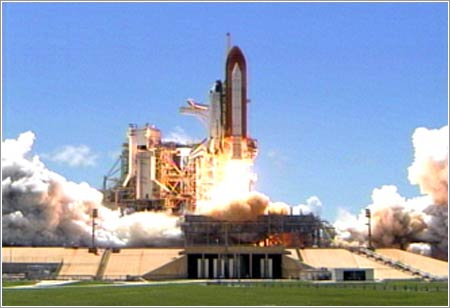 Despegue Discovery / STS-121