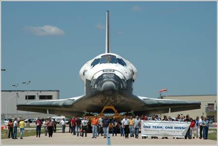 Traslado del Discovery al VAB