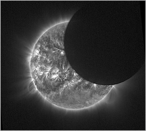 El eclipse cazado por el Proba-2