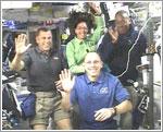 Astronautas hablando con los niños del Discovery Center
