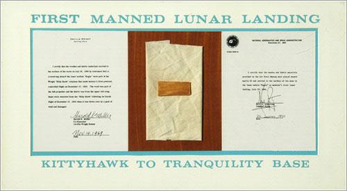Fragmentos del Flyer que fueron a la Luna - Mark Avino, National Air and Space Museum, Smithsonian Institution