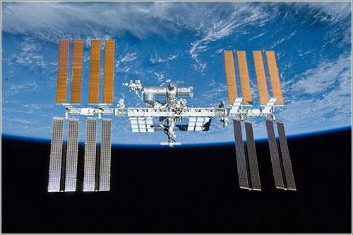 La ISS en mayo de 2010 - NASA