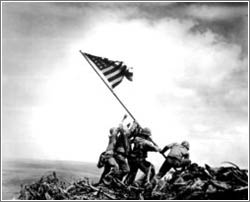 Raising the Flag on Iwo Jima © Joe Rosenthal / The Associated Press