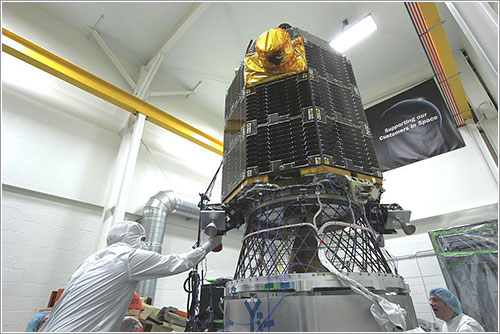 LADEE durante las pruebas previas al lanzamiento