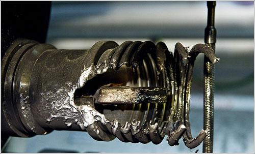 Detalle de algunos de los daños cusados en 2008 - Maximilien Brice, © CERN