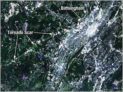 Tornado visto por el Landsat 5