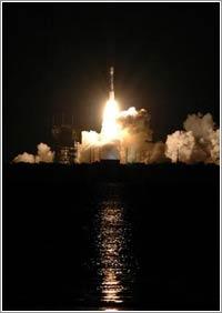 Lanzamiento sondas STEREO © NASA