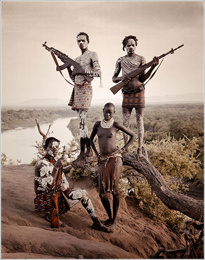 Before they pass away, un precioso estudio fotográfico sobre tribus en extinción