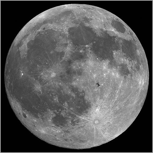 Tránsito lunar de la ISS el 21 de diciembre de 2010 - Thierry Legault