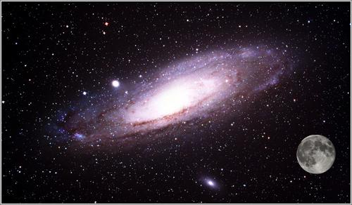 Tamaño aparente de la M31: la Galaxia de Andrómeda y la Luna / Foto M31: Lanoue