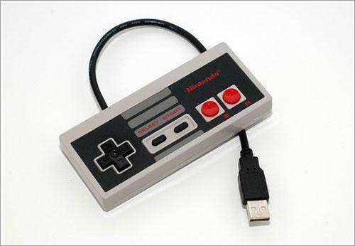 Memoria USB hecha con un controlador Nintendo NES