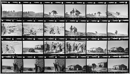 Contacto elaborado a partir de los negativos encontrados © Robert Capa, cortesía de Cornell Capa/Magnum Photos