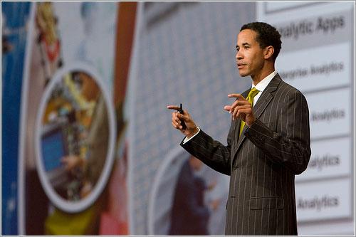 Charles Phillips en su conferencia en el Oracle OpenWorld 2008