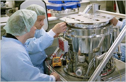 La OmegaCAM durante su contrucción - ESO