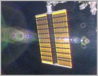 Paneles segmento P3/4 desplegándose © NASA TV