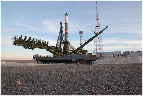 La Progress M-21M en la plataforma de lanzamiento