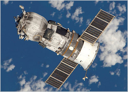 Progress M-52 dejando la ISS - NASA