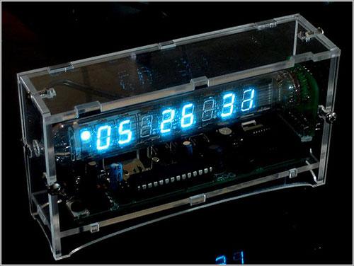 Reloj VFD por Ladyada