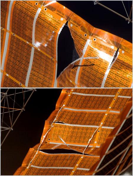 Panel solar antes y después de la reparación / NASA
