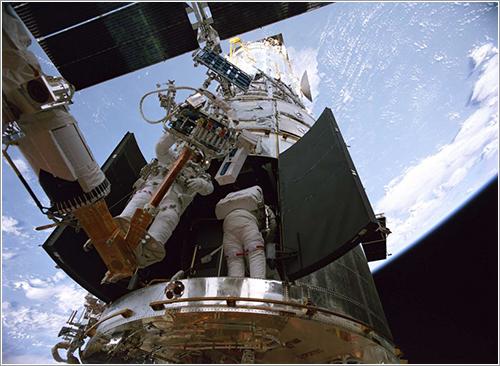 Reparando el Hubble - NASA