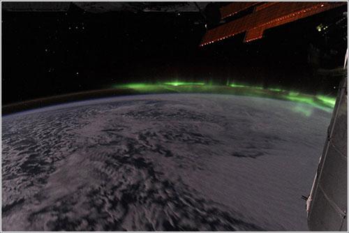 Aurora y Orión - NASA