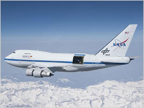SOFIA con portón abierto - NASA/DLR