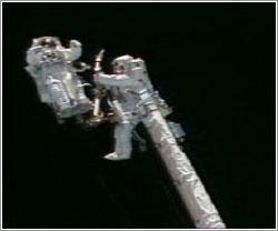 STS 121, EVA 1