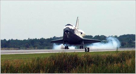 STS 121 Aterrizando