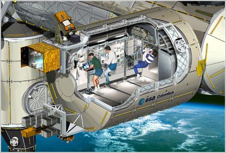Vista del interior del Columbus ya instalado © ESA - D.Ducros