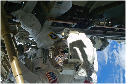 Shane Kimbrough durante el paseo espacial - NASA