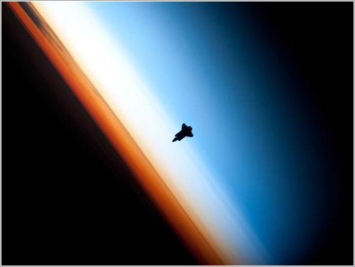El Endeavour llegando a la ISS -NASA