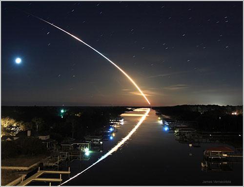 Canal hacia órbita por James Vernacotola