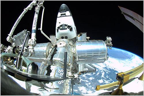 Endeavour y algunos módulos de la ISS