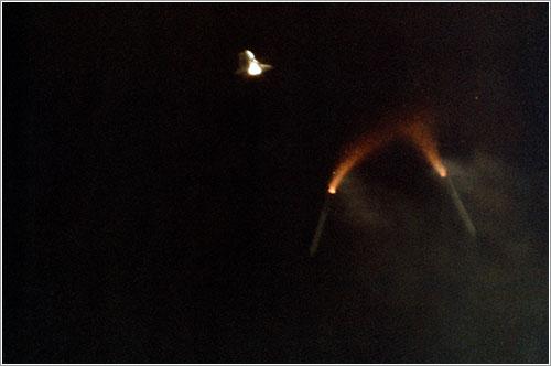 El Columbia despegando en la primera misión de los transbordadores espaciales