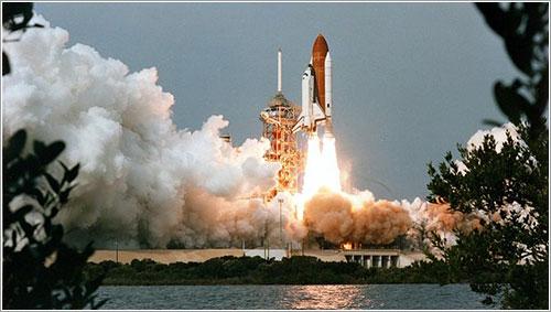Lanzamiento de la STS-9
