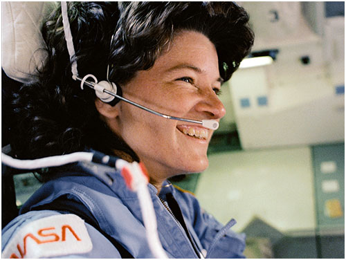 Sally Ride a bordo del Challenger en 1983