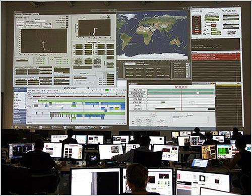Sala de control de SpaceX durante un simulacro - SpaceX