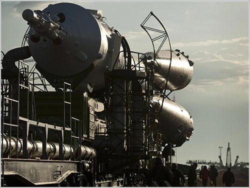La TMA-01M siendo transportada a la plataforma - NASA/Carla Cioffi