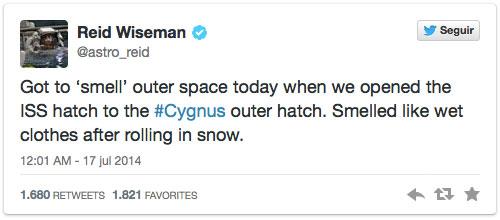 Tuit sobre el olor del espacio